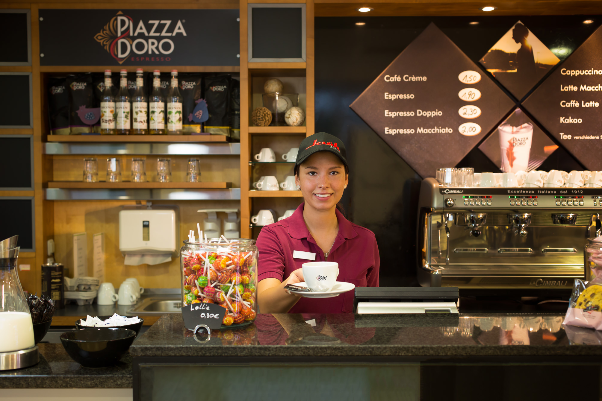 Kaffee, Kaffeebar, Siebträgermaschine, Kantine, Cafeteria, Latte Macchiato, Cappuccino, Aroma, Claudia Zurlo Photography