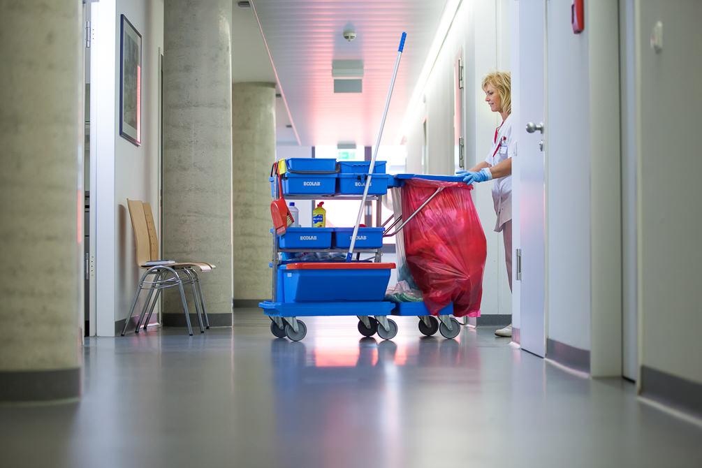 Reinigung, Klüh, Cleaning, Krankenhaus, Putzfrau, Reinigungspersonal, Claudia Zurlo Photography