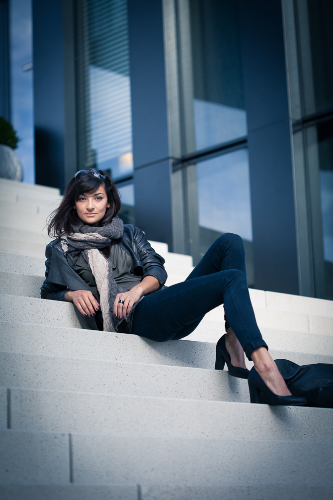Modefotografie, Medienhafen, Lederjacke, High Heels, Beauty, Fotografie, Make-up, Styling, Mädchen, Frau, Cover Shoot, Shoot, Mode, Fotografin, Düsseldorf, Claudia Zurlo Photography