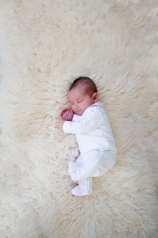 Neugeborene, Newborn, Babyfoto, Babyfotografie, Fotograf, Fotografin, Mutterschaft, Kinderfoto, Familienfotos, Claudia Zurlo Photography, Düsseldorf, Essen, Köln, Deutschland, international